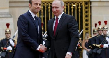 Macron advierte a Putin la respuesta inmediata de Francia ante uso de armas químicas en Siria