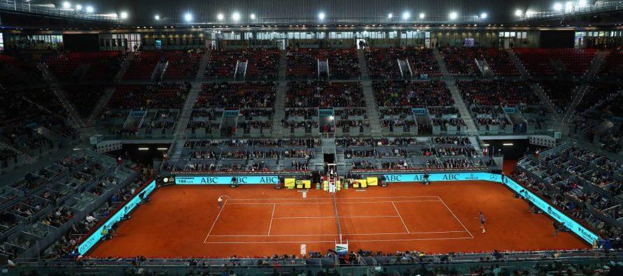 Djokovic va a semifinales y Halep a final del Masters de Madrid