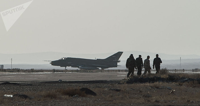 Avión Caza Su-22 de la Fuerza Aérea de Siria. Foto: Sputnik/Ilya Pitalev