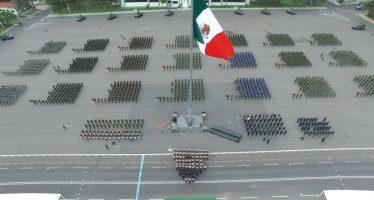 Condecora SEDENA a militares por valor heroico y servicios distinguidos