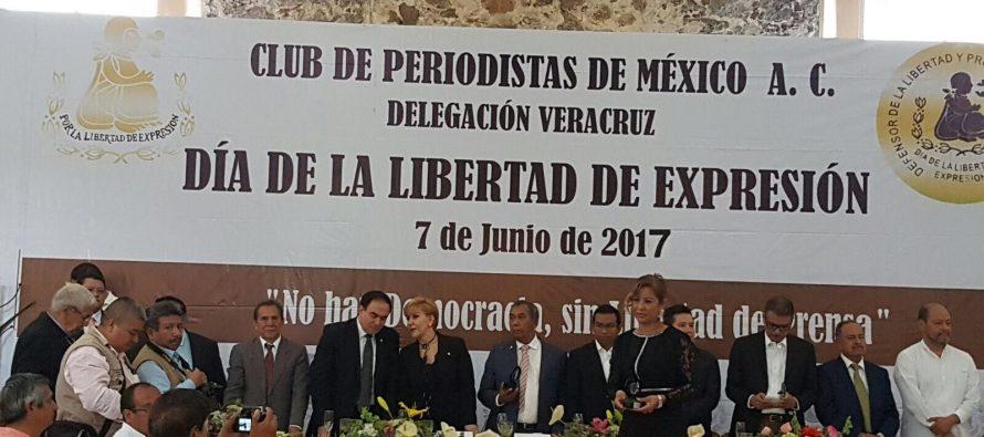 """El hashtag """"¡Ya basta!"""", no basta: crónica de una conmemoración de la Libertad de Expresión marcada por el luto y la impunidad"""