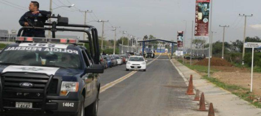 Balean a cuatro custodios de prisión Cefereso, en Jalisco; hay un muerto