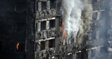 Sube a 58 el número de muertos en incendio de edificio de Londres