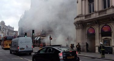 Incendio en edificio de Londres desata pánico; rememoran incidente anterior