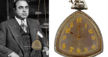 Subastarán reloj de bolsillo con diamantes que perteneció a Al Capone