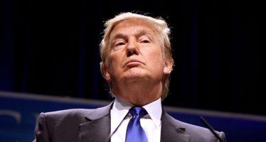 Trump y rey saudí discuten por teléfono la crisis de Catar