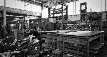 Crece empleo 4% anual, en julio, en industria manufacturera