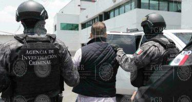 Suspenden, de momento, 2 órdenes de aprehensión contra Duarte