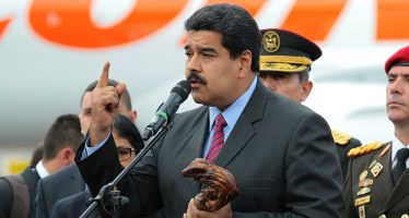 Inconstitucional, la consulta de la oposición, dice Maduro