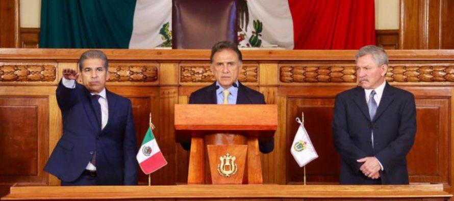 Relevan cargos de Finanzas y Contraloría en Veracruz