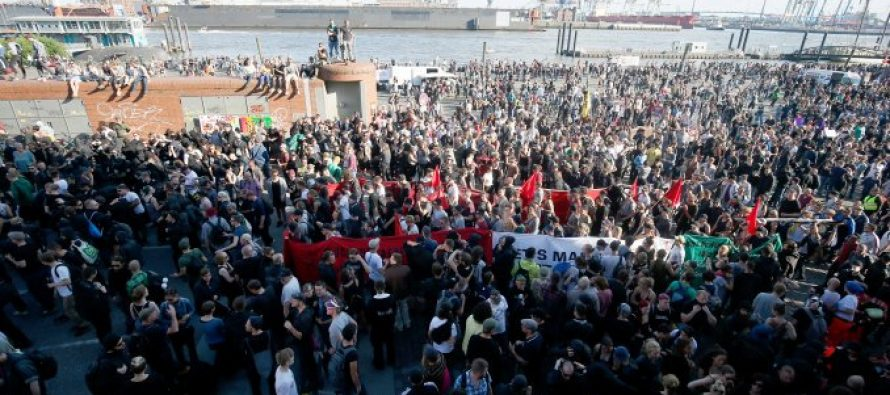 Continúan las protestas en Hamburgo contra el G20