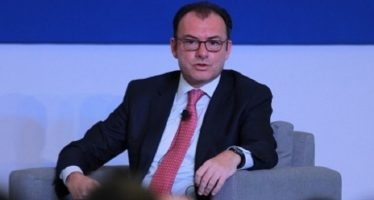Se buscarán nuevas opciones para trabajadores agrícolas: Videgaray