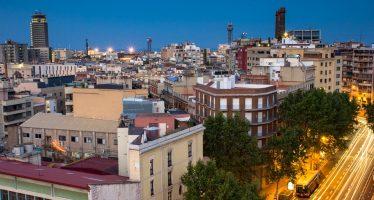 Barcelona se levanta y mantiene el flujo de turistas