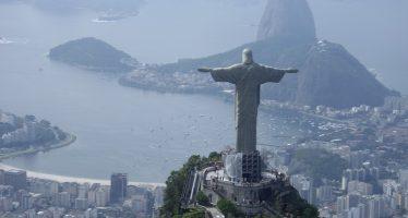 Vuelca lancha frente a costa de Brasil; reportan personas muertas