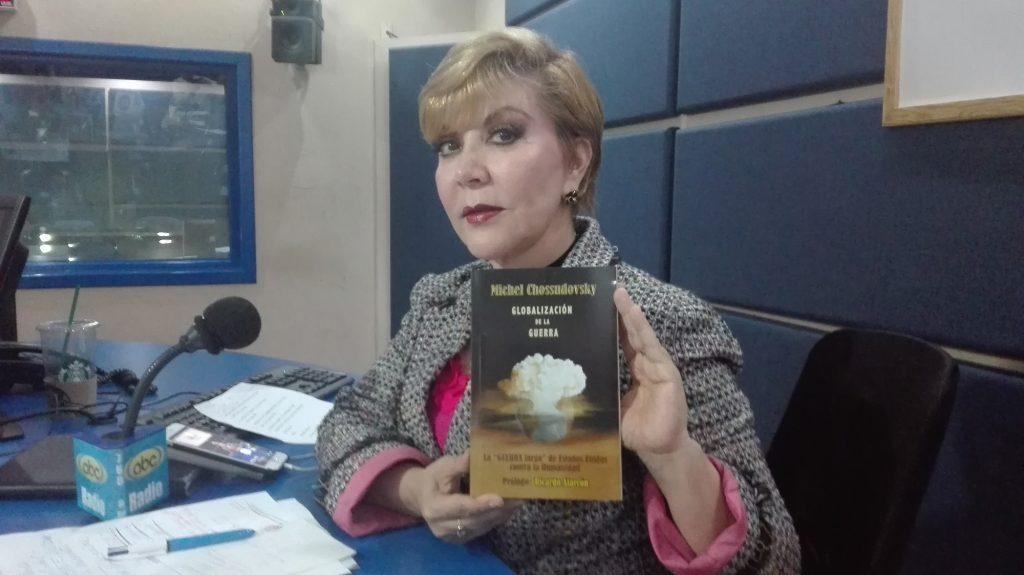 Celeste Sáenz de Miera on la portada del libro LA GLOBALIZACIÓN DE LA GUERRA, escrito por Michel Chossudovsky