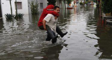 Lluvias intensas superaron capacidad de drenaje de la CDMX