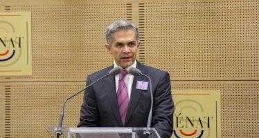 """Mancera llama al PRD a vigilar """"piso parejo"""" para 2018"""