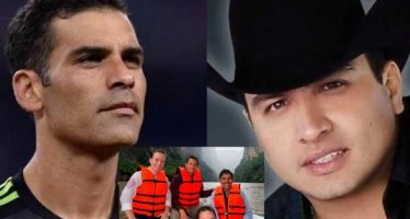 Hacienda ordena congelar cuentas de Rafa Márquez y Julión Álvarez