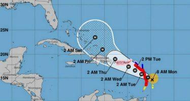 Huracán María, categoría 2, avanza sobre las islas del Caribe