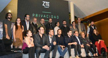 Diego Luna y Luis Gerardo Méndez regresan al Teatro de los Insurgentes conPrivacidad