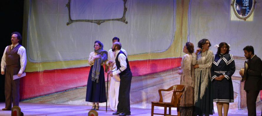 Se presentó el Teatro de revista deTandas y Tundasen el Teatro de la Ciudad Esperanza Iris