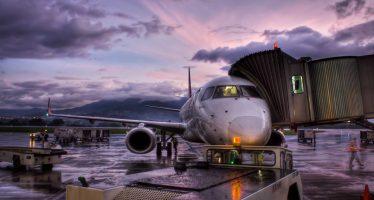 Interjet cancela 14 vuelos entre México y Cuba por Irma