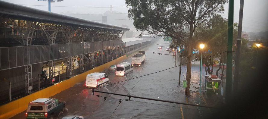 Enojo de pasajeros por demora y cancelación de vuelos