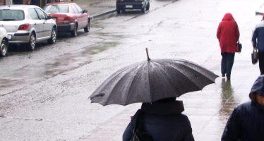 Se mantiene frío y lluvias en la mayor parte del país