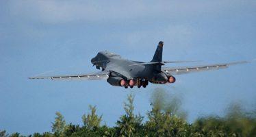 Trump autoriza convocar más pilotos militares retirados