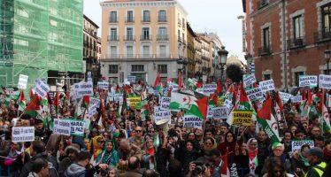 Líder catalán pide mediación internacional en crisis con España