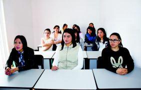 Podrían regresar a México 56 mil estudiantes indocumentados
