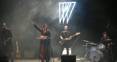 Se presentóFeswayen concierto en el Teatro Sergio Magaña