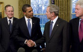 Bush y Obama deploran la división política en EE.UU.