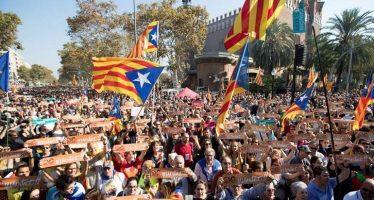 Parlamento catalán declara la independencia de España