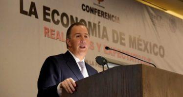 México logrará nuevo superávit y baja de deuda: Meade