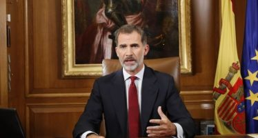 Cataluña: entre la huelga general y las advertencias del Rey