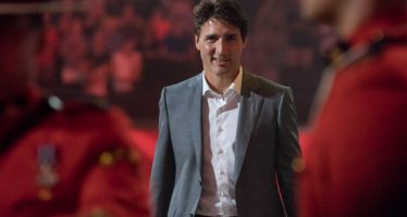 Arriba Primer Ministro de Canadá al Senado Mexicano