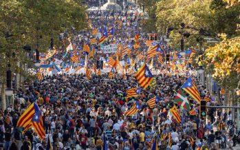 Casi medio millón de catalanes protestan contra España