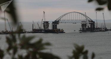 Revelan quién será el 'guardián' del estratégico puente de Crimea