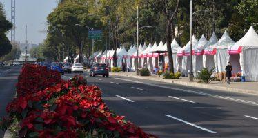 Abre la Expo Nochebuenas 2017, en  Paseo de la Reforma