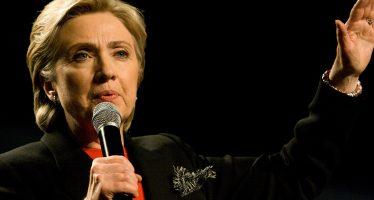 Departamento de Justicia podría investigar a los Clinton