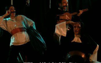 La Abadesade Jorge Gidi se está presentando en la Sala Novo del Teatro La Capilla
