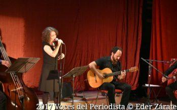 Lucía Pulido presentó anoche:El Vicio de Quererte,con Ulises Martínez, Alonso Borja y César Martínez