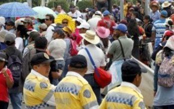Manifestantes provocan cortes de circulación en Paseo de la Reforma