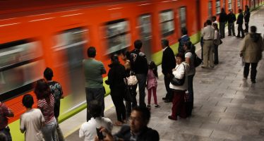 Piden policías encubiertos para cuidar a usuarios del Metro