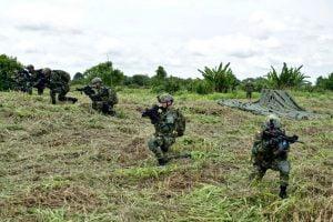 Paracaídistas colombianos. Foto tomada de @Ejercito_Div6