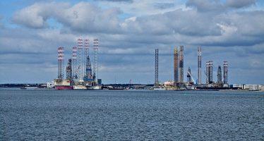 Riesgo de explosión de petrolero iraní en mar de China