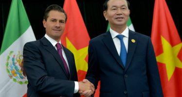 Presidente de México visita a su par de Vietnam