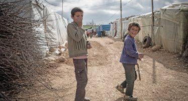 Militares de EU niegan acceso de refugiados sirios a la ONU
