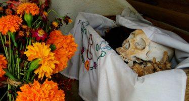 """Pomuch, el pueblo donde a la muerte se le """"acaricia"""""""